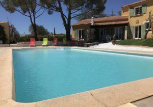 Pure Detox - Cabrières - Piscine et villa