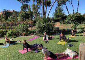 Yoga au domaine de la Pascalette